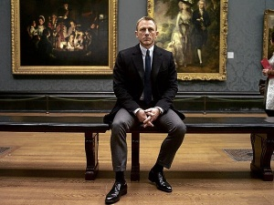 Daniel Craig stars as James Bond in Metro-Goldwyn-Mayer Pictures/Columbia Pictures/EON Productions' action adventure SKYFALL.